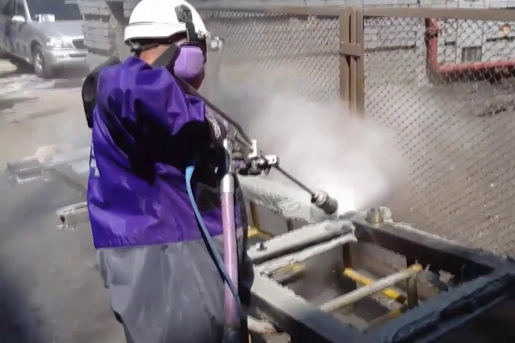 Limpieza en cabinas de pintura de Industria Automotriz